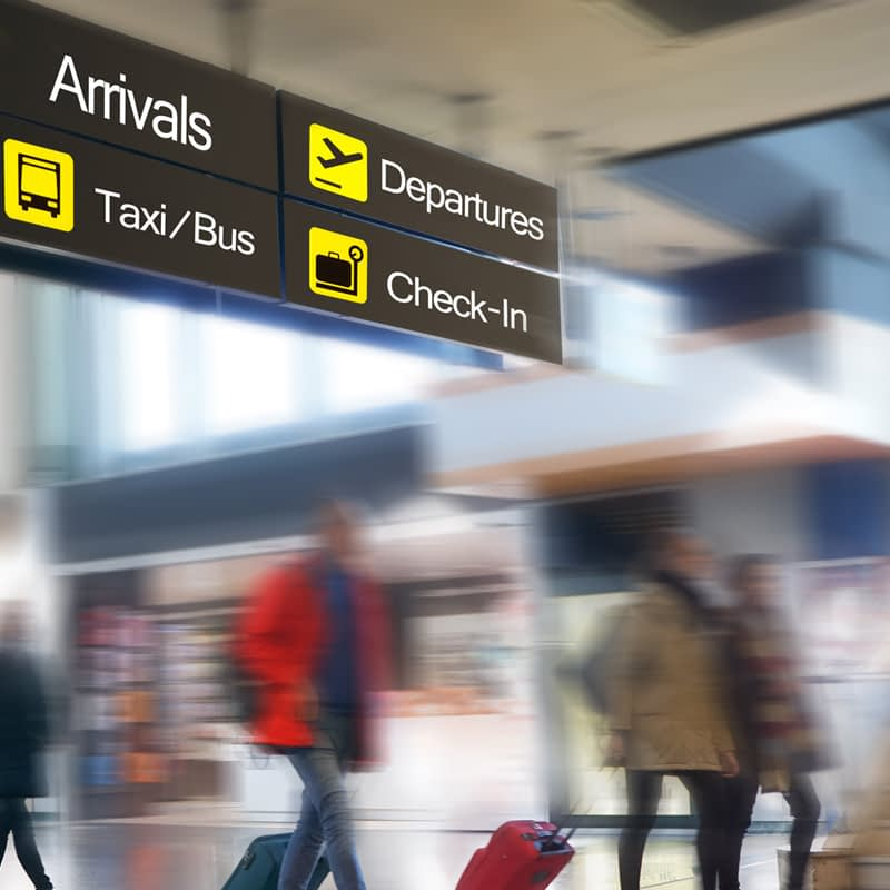 Manchester Airport Taxi and Minibus Transfers from Blackpool, the Fylde Coast and Preston, for groups of 6-16 passengers